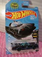 Classic TV SERIES BATMOBILE #307 US✰Black/Blue✰DC✰BATMAN✰2018 Hot Wheels case P