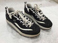 Women's Skechers Shape Ups Walking Shoes Size 7.5 Toners Toning Firm Black White
