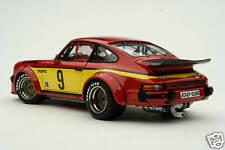 Exoto 1977 Momo Porsche 934 RSR / Silverstone GT Winner / 1:18 / #RLG19095