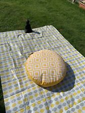 BEAUTIFUL LARGE SUNSHINE YELLOW FLOOR / GARDEN MEDITATION PICNIC CUSHION  BNWT