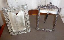 2 Anciens cadre porte photo en argent métal repoussé argenté feuille d'argent