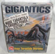 Huge Tarantula Diorama Model Kit New Sealed Amt Ertl Gigantics 1996