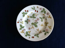 """Wedgwood Wild Strawberry 6"""" side plate (very minor cutlery scratches)"""