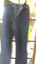 NYDJ size 8P  Blue wash   plain pockets straight leg