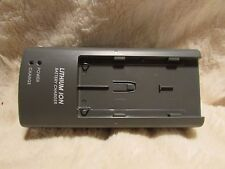 Charger  KONICA MINOLTA BC 100 BC 100  FOR NP100 NP 100 BATTERY GENUINE ORIGINAL