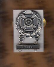 Us Army Expert w/ Rifle bar Marksmanship Brushed award badge clutchback c/b
