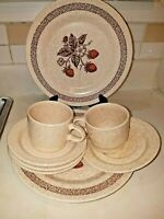 8 pc Wild Strawberry Homer Laughlin Vtg  Stone ware Cups, Saucers, Plates