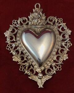 cuore ex voto metallo bagno argento 7x 9cm  vintage lamina ottone cesello