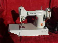 Nice 1964 VINTAGE WHITE  SINGER FEATHERWEIGHT 221K SEWING MACHINE.  Works