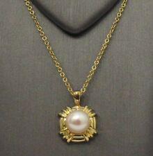 TIFFANY & Co. 18K Gold Pearl Pendant Necklace