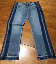 New Mossimo Womens Jeans Size (00/24/R)Boyfriend Crop (Medium Denim Wash.)