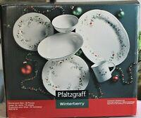 Pfaltzgraff WINTERBERRY 18 pc Dinnerware Svc for 4 PLUS BONUS Serving Pieces NEW