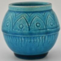 Lovely Small Burmantofts Vase - British Art Pottery (Leeds Yorkshire) Circa 1900