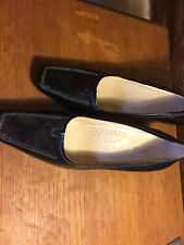 Black Leather Lotus Shoes Size 38