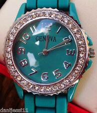 Reloj Geneva, correa de plástico color verde
