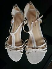 NWOB Lauren Conrad Womens Tan Color Sandals size 9