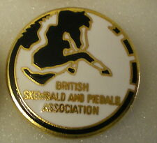 BRITISH SKEWBALD AND PIEBALD ASSOCIATION Enamel Lapel Badge PONIES HORSES