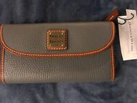 NWT Dooney & Bourke Pebble Grain Leather Continental Clutch Wallet olive
