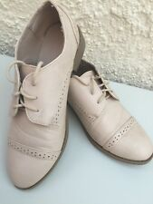 Size 4 Atmosphere Soft Cream Flat Shoes *** Summer Style ***