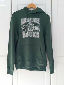 Milwaukee Bucks NBA Green Sweatshirt Hoodie BNWT Medium
