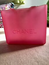 * * BRAND NEW AUTHENTIC & ADORABLE CHANEL PINK TOTE PURSE * *