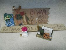 Lot of 5 Fishing Decorations - Nightlight, 2 Wood Signs, Switch Plate, Desk Set