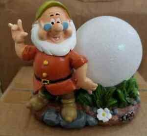 """5"""" Disney Snow White & Seven Dwarfs Garden Statue"""