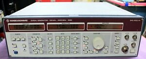 ROHDE & SCHWARZ SMH SIGNAL GENERATOR 100 Khz - 2000 MHz