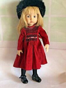 "10"" Vinyl Dianna Effner- Boneka Doll Burgundy Smocked Dress, Black Coat & Hat"