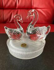 Lovely RCR Royal Crystal Rock 24% Crystal Glass Swans Figurine