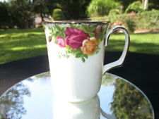 """C- OLD COUNTRY ROSES ROYAL ALBERT  COFFEE MUG CUP 3.75"""" TALL A1 CONDITION"""