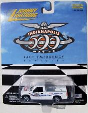 JOHNNY LIGHTNING RACE EMERGENCY TRUCKS 2000 CHEVY SILVERADO OFFICIAL TRUCK