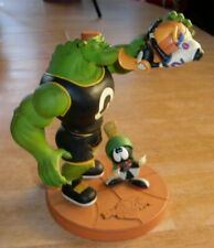 Space Jam Marvin Martian Daffy Duck basketball statue WBSS 1996 Warner Brothers