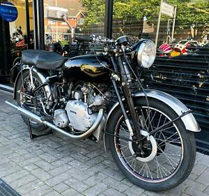 1951 VINCENT COMET 500cc SERIES C * MATCHING NUMBERS * LOVELY EXAMPLE