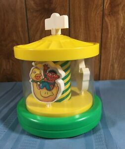 Vtg Wind up Musical Merry Go Round 1979 CBS Toys Muppets Ernie Bert Grover Sweet