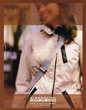 PUBLICITE ADVERTISING 015  2004  NAPAPIJIRI  pret à porter  imperméable