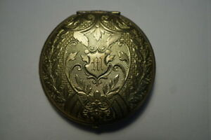 VINTAGE ETCHED COMPACT WITH INITIAL