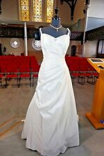 TAFFETA WEDDING GOWN BY D'ZAGE IVORY 16 WITH TRAIN D31108 70% OFF RRP