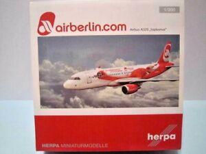 """HERPA WINGS 1:200 SCALE PLASTIC """" AIRBERLIN.COM AIRBUS A320 TOPBONUS """" 557269"""