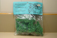 Model Railroad Ho Scale 10 Small Evergreens 6758 New in Package