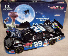 KEVIN HARVICK 2002 BLUE E.T. GOODWRENCH 1/24 MINT