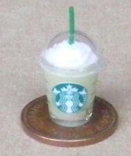 1:12 PLASTICA TAKEAWAY bere CONTENITORE DOLLS HOUSE miniatura CAFE PUB Accessorio G