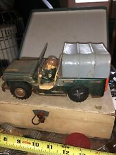 VINTAGE TIN LITHO FRICTION ARMY JEEP JAPAN 7.5 INCHES