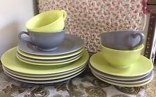 Vtg 60s Hazel Atlas Moderntone 16 Pc Dinnerware Chartreuse Lime Green & Gray