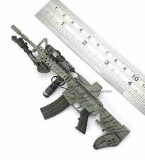 1/6 Scale Hot Toys Modern Firearms Collection Series III  M4 w/ DuoStock