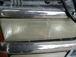 Passenger Headlight Composite Fits 90-02 CHEVROLET 3500 PICKUP 300839