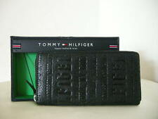 Authentic Tommy Hilfiger 31TL13X026 Yen Zipper Around Women's Wallet Black