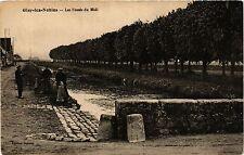 CPA   Gisy-les-Nobles - Les Fossés du Midi      (357839)