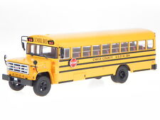 GMC 6000 Schoolbus USA 1990 yellow diecast modelcar Bus004 IXO 1:43
