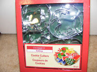 "Set of 20 Christmas Holiday Cookie Cutters 4"" and 2.25"""